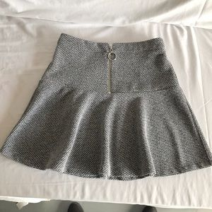 Topshop grey patterned skirt sz2